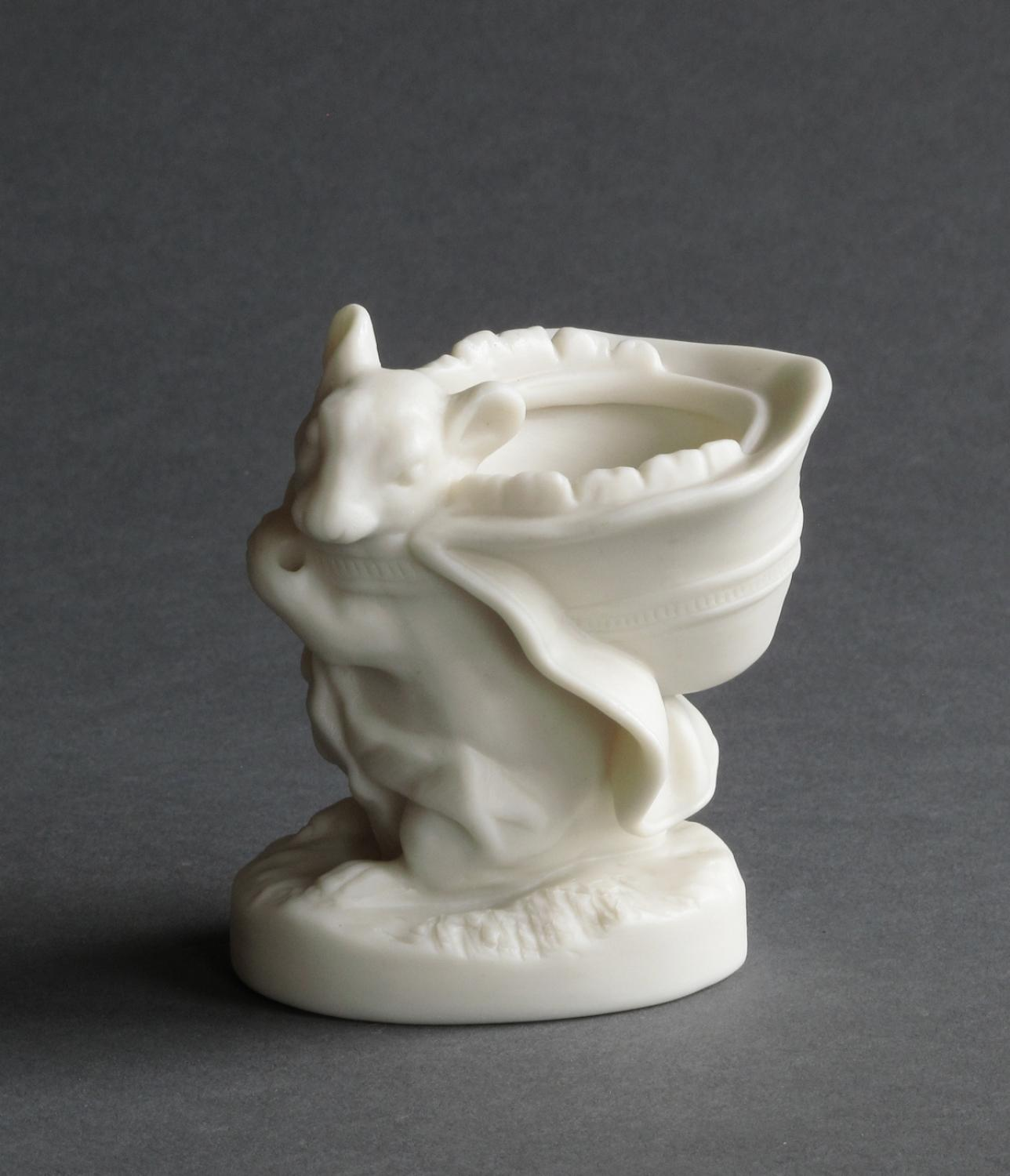 Charming Copeland parian mouse & bonnet